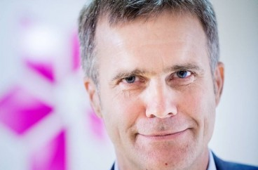 Helge Lund CEO, Statoil – email address